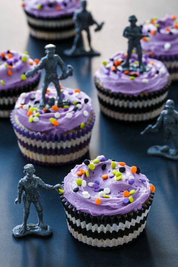 halloween themed cupcake cake