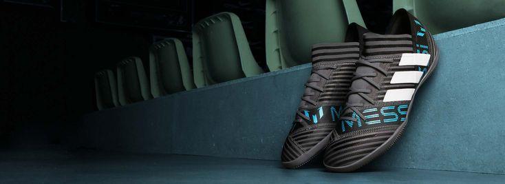 Zapatillas de fútbol sala adidas Nemeziz Messi. Foto: Marcela Sansalvador para futbolmania.com.  Retoque: Carmen Arroyo.