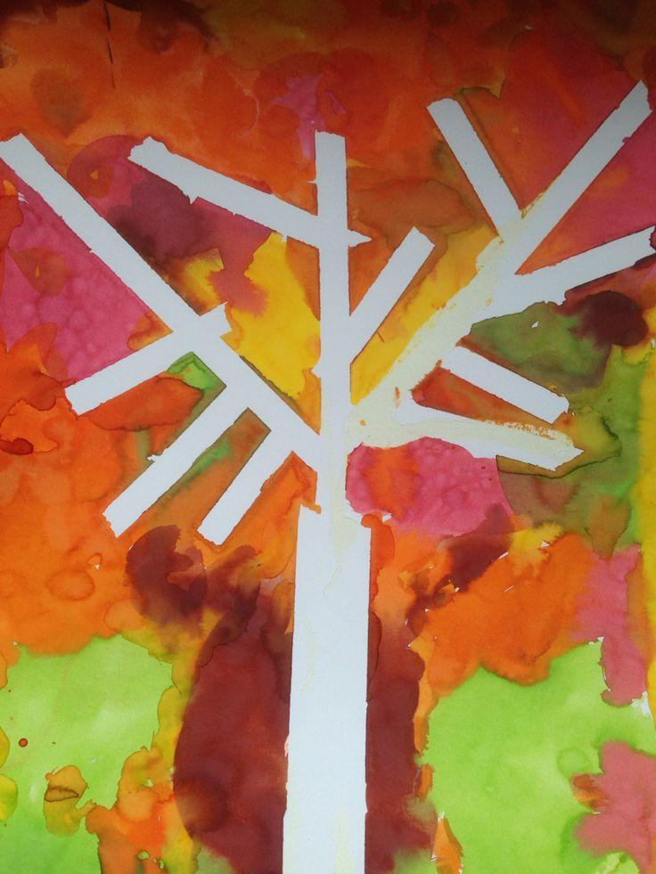 Boom plakken met tape, achtergrond in herfstkleuren met ecoline