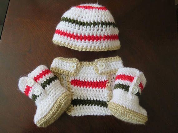 Newborn hat diaper cover and bootie set