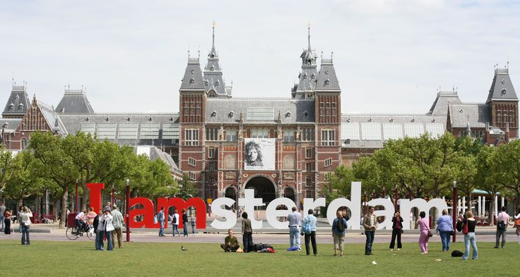 I Amsterdam was a photography exhibition devised by tha ad agency Kesselskramer (in conjunction with Amsterdam Partners) as a promotion for the city of Amsterdam. Twenty well-known photographers, w...