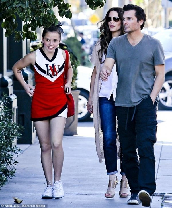 Kate Beckinsale and Daughter Lily Mo Sheen - Shopping in
