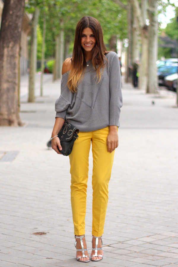 pantalón blanco y negro con camiseta amarilla - Cerca amb Google