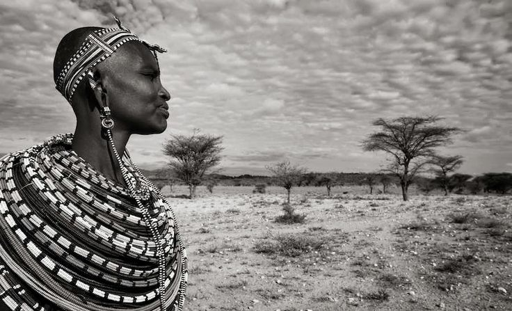 A visit to Africa just would not feel complete without visiting some of the beautiful tribal villages, especially when these traditional cultures are losing their ornate dressing as they begin to blend in with modern idea's; a race to a generic society.......  Samburu Women