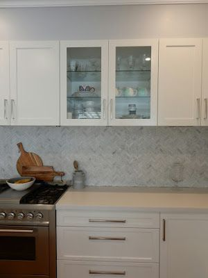 Alicia On A Sunny Day: Organizing the kitchen cabinets