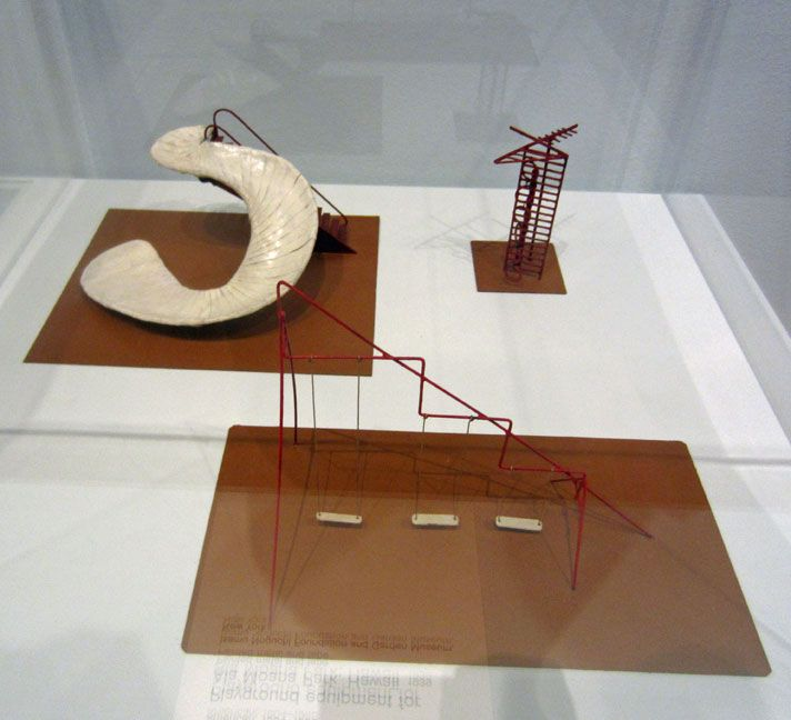 Isamu Noguchi (1904-1988) was a prolific sculptor who later applied his plastic sensibility to furniture design, landscape architecture as well as stage design (Look at his famous fountain for the Osaka World Expo in 1970). Probably the projects that best summarize his multiple skills and...
