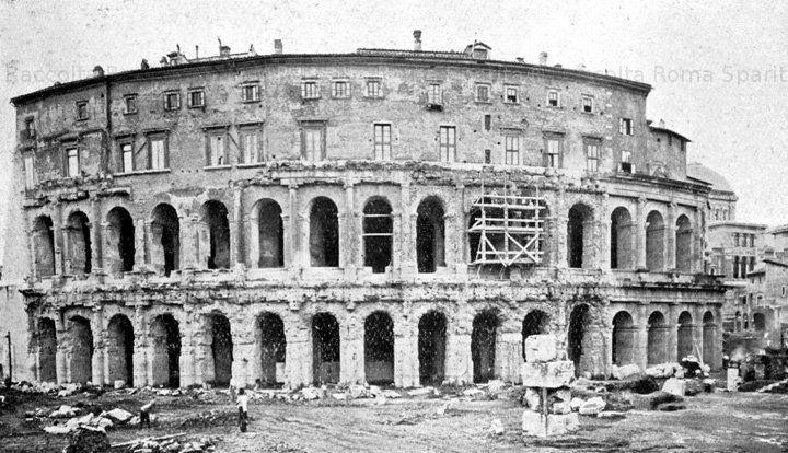 Il Teatro di Marcello a lavori quasi ultimati Anno: ottobre 1932