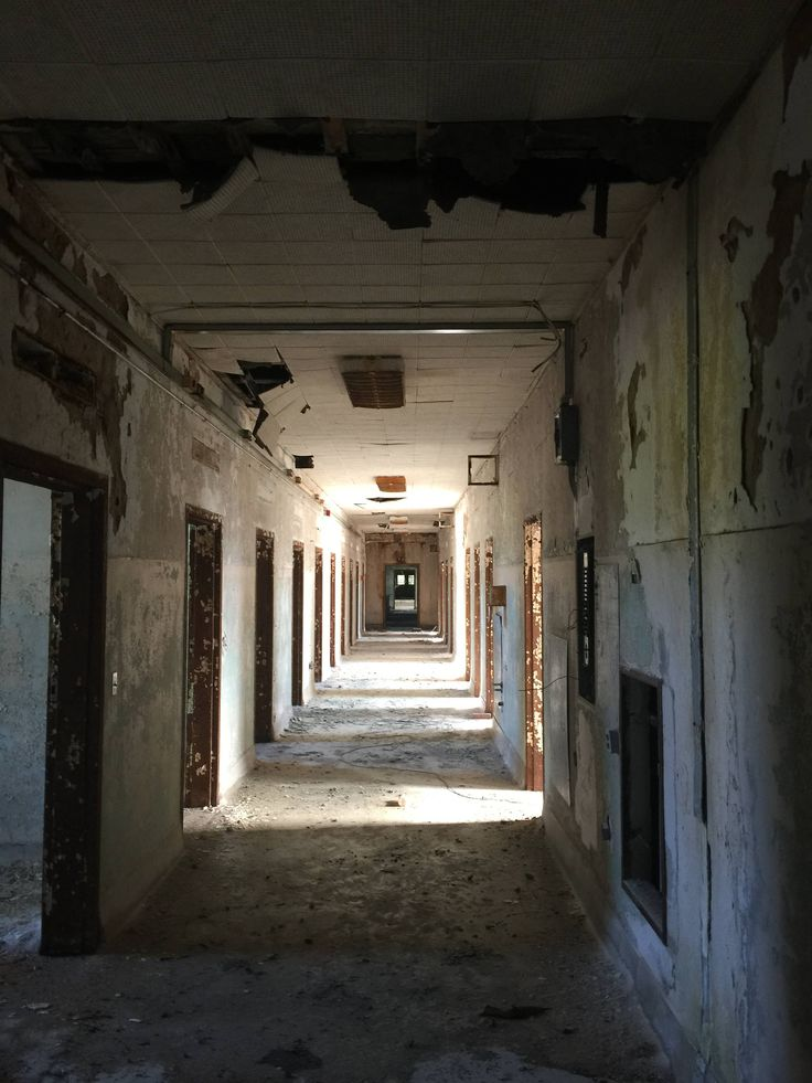 hallway vanishing point. central state hospital milledgeville ga vanishing pointcreepy hallway point