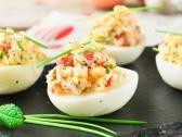 Hay un sinfín de formas de preparar huevos. En esta ocasión, la Chef Manny Muñoz nos comparte una receta para preparar huevos endiablados que quedan ¡deliciosos! Ingredientes