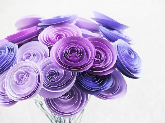 Purple Paper Flowers 12  Mother's Day  Wedding di Scrappuchino