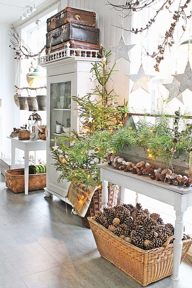 JUL Christmas decor with Scandinavian flair