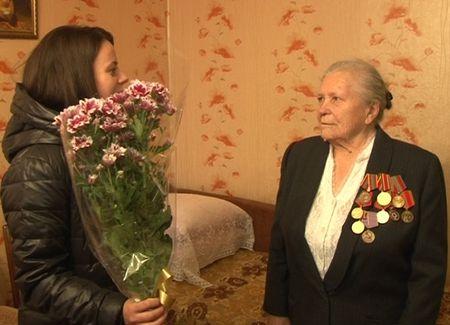 Свое 90-летие отпраздновала труженик тыла Валентина Семеновна Лаврикова - Сайт города Домодедово
