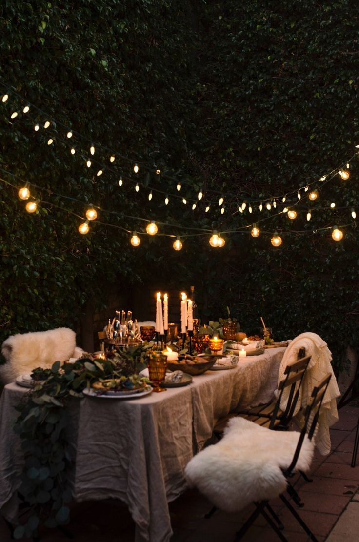 When hosting, it's important to consider everything from the tablescape to the music. Here, Jenny Cipoletti shows us how to master a rustic dinner party! dinner party A Soiree Under The Stars Backyard Bridal Showers, Outdoor Dinner Parties, Outdoor Party Decor, Backyard Parties, Picnic Parties, Summer Party Decorations, Patio Party Ideas, Bridal Decorations, Picnic Ideas