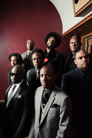 The Roots - One of the illest live bands I ever seen. Period.
