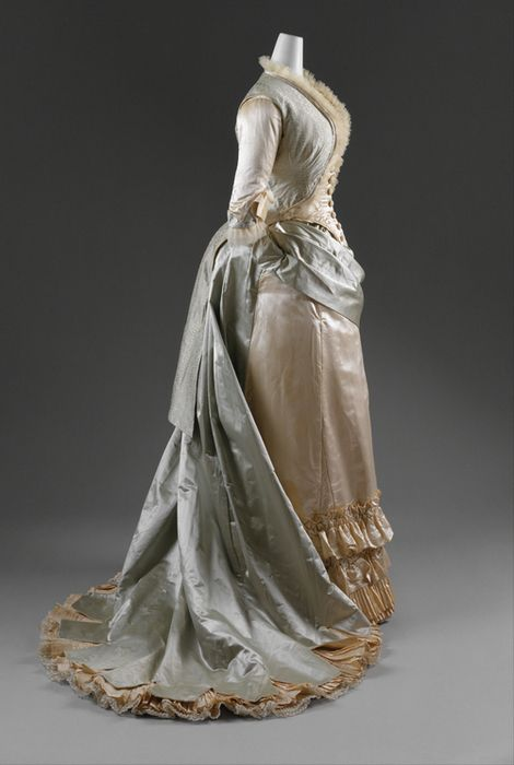 Beautiful Victorian silk gown.  I love the colors