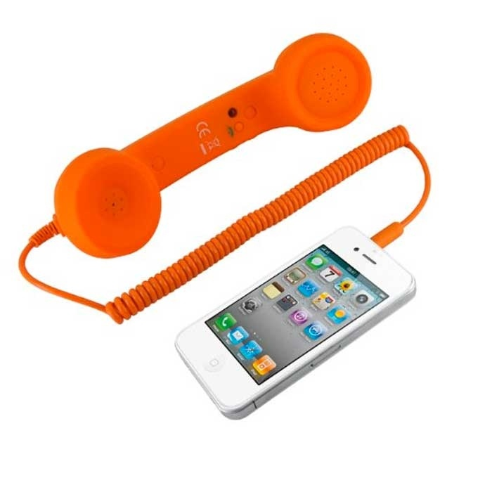 I love these old school phone sets. I want!