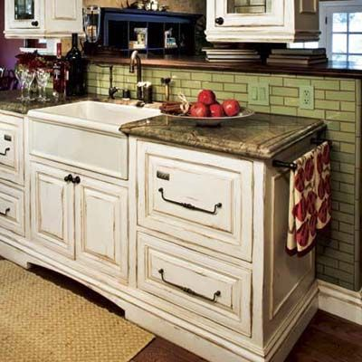 Best 25+ Antiqued kitchen cabinets ideas on Pinterest | Antique ...