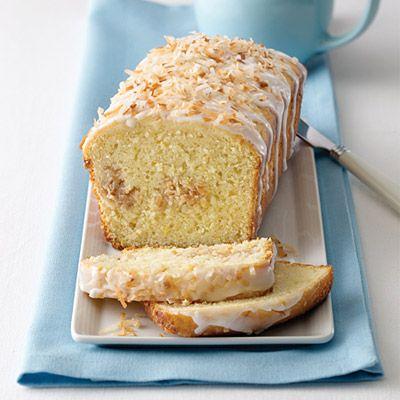 Rico pan de coco fácil, rápido y sencillo. Perfecto para disfrutar a cualquier hora, como un rico desayuno o postre, para un café calientito o un vaso de leche de almendras fría. ¡Lo adorarás!