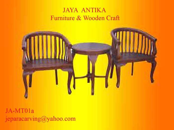 Kode Barang : JA-MT 01a Nama Barang : Set Meja Teras Lenong Betawi    Set meja Teras Lenong Betawi terbuat dari kayu Sono tersedian juga dari kayu jati pilihan dan dikerjakan oleh tukang kayu profesional yang sudah berpengalaman dalam pembuatan
