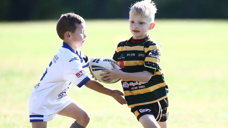 Junior Wolves take on Brothers | Photos