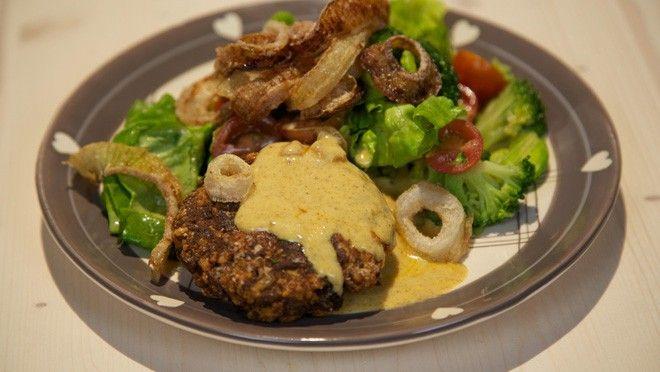 Krokante uienringen met kaasburgers - De Makkelijke Maaltijd   24Kitchen