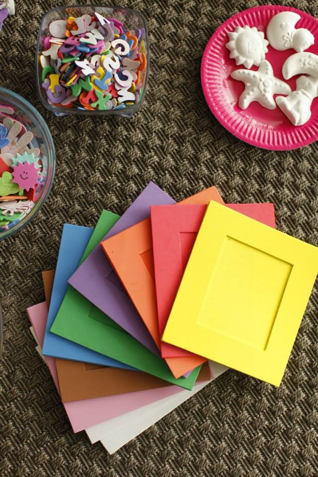 27 best images about party stuff ideas for parties and for Decorate your own picture frame craft