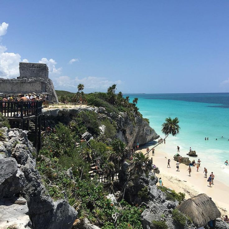 https://flic.kr/p/UACs8G | The Mayan building philosophy: location, location, location! And, what a spectacular location! So glad I had this opportunity to revisit. #tulum #tulummexico #tulumruins #Mexico #travel #rivieramayamexico #travelphotography #picoftheday #iphoneography