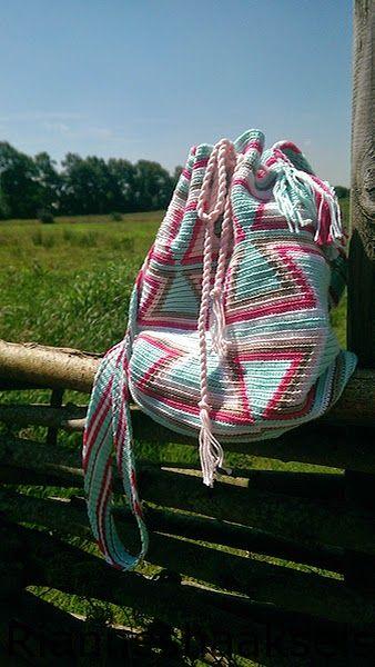RiannesHaaksels: Wayuu mochila tas