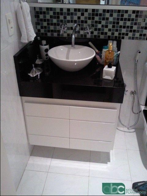 Armário em laca brilhante  Abc Moveis Planejados  banheiros  Pinterest  E -> Banheiro Hiper Pequeno