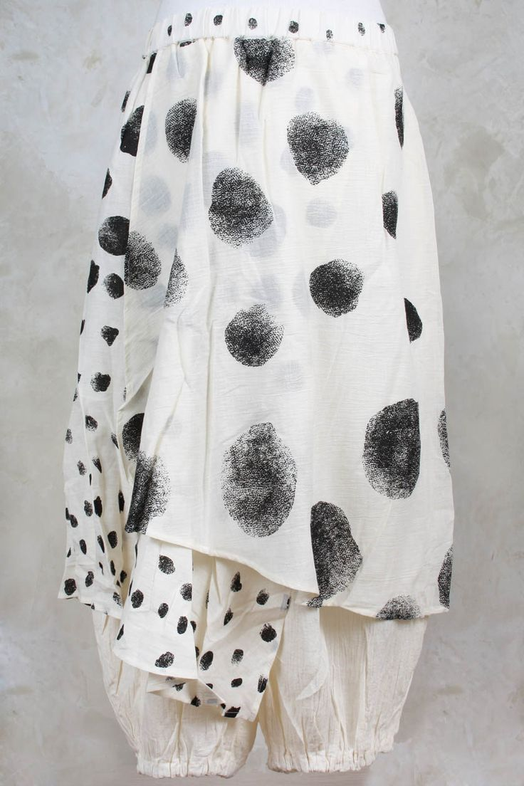 Smudged dot print pants with skirt panel; pattern + print; printed fashion details // Moyuru