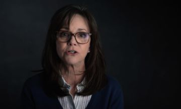 Sally Field And More Stars Rally To Urge Congress To 'Vigorously Oppose' Trump | The Huffington Post