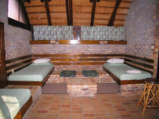 Berg-en-Dal Rest Camp offers 23 family cottages, 69 bungalows and 2 guest houses with multiple bedrooms.