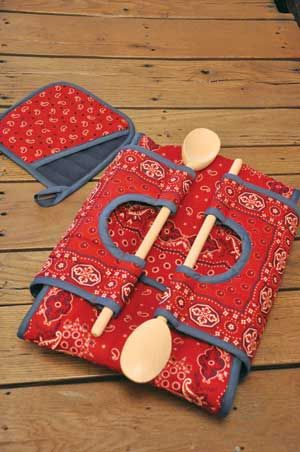 "CASSEROLE CARRY-ON PATTERN ~ Be the hit of the potluck supper! Put a 9"" x 13"" or 8"" or 9"" square dish in this insulated carrier with wooden-spoon handles. Pattern includes directions for the carrier and a potholder.  LOVE the idea of using the wooden spoons for the 'handle', as you would need something to serve with, right?  GENIUS!  7.9.14 UPDATE: The pattern moved within the site ~ here's the current page: http://www.keepsakequilting.com/productdetail/7314.htm"