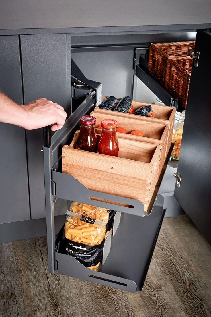 eckschrank und küchenschrank mit frontauszug für die