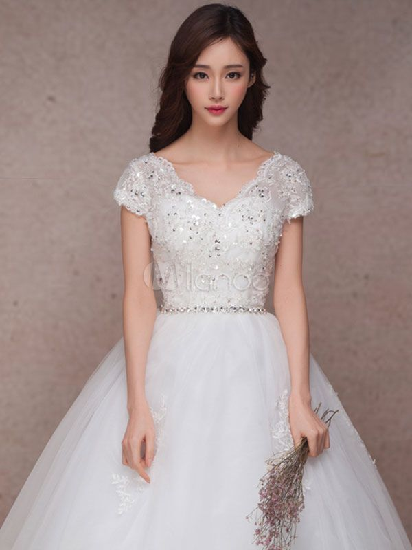 Lace Bridal Dress Princess Ball Gown Wedding Dress V Neck Short
