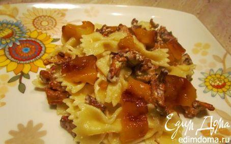 Паста с лисичками, фетой и печеным перцем | Кулинарные рецепты от «Едим дома!»