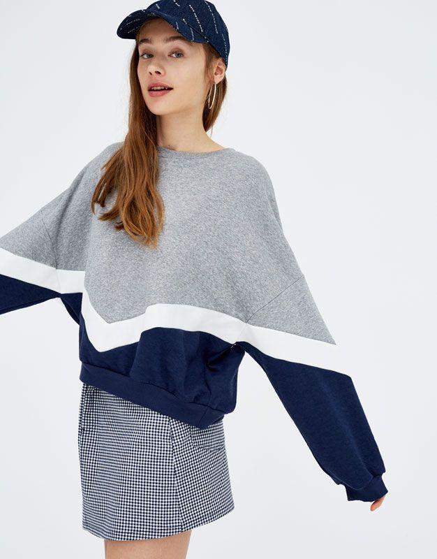 Blue Sweatshirt With V Shaped Panels Sweatshirts Hoodies Clothing Woman Pull Bear United Kingdom Ropa Ropa De Chicas Moda