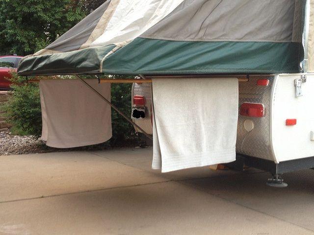 Under bunkend towel bar / drying rack - YES!