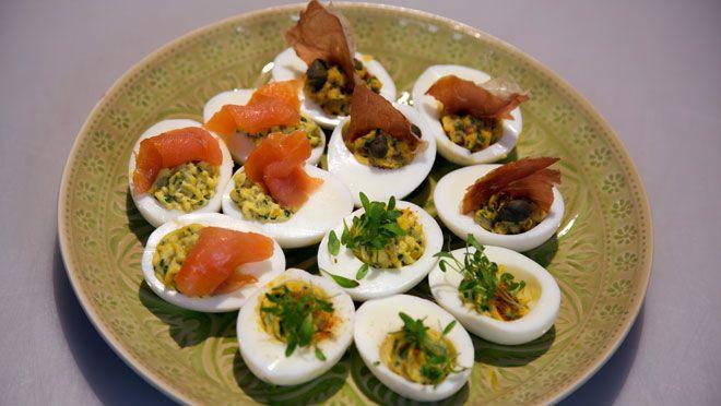 Drie soorten gevulde eieren - recept | 24Kitchen