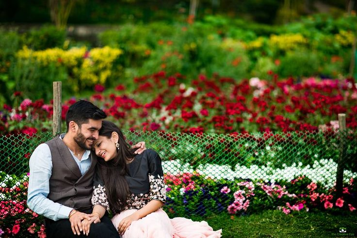 "❤️Photo  from The Creative Eye Production ""Vapi-Gujarat"" album  #weddingnet #wedding #india #indian #indianwedding #weddingdresses #mehendi #ceremony #realwedding #lehengacholi #choli #lehengaweddin#weddingsaree #indianweddingoutfits #outfits #backdrops #groom #wear #groomwear #sherwani #groomsmen #bridesmaids #prewedding #photoshoot #photoset #details #sweet #cute #gorgeous #fabulous #jewels #rings #lehnga"