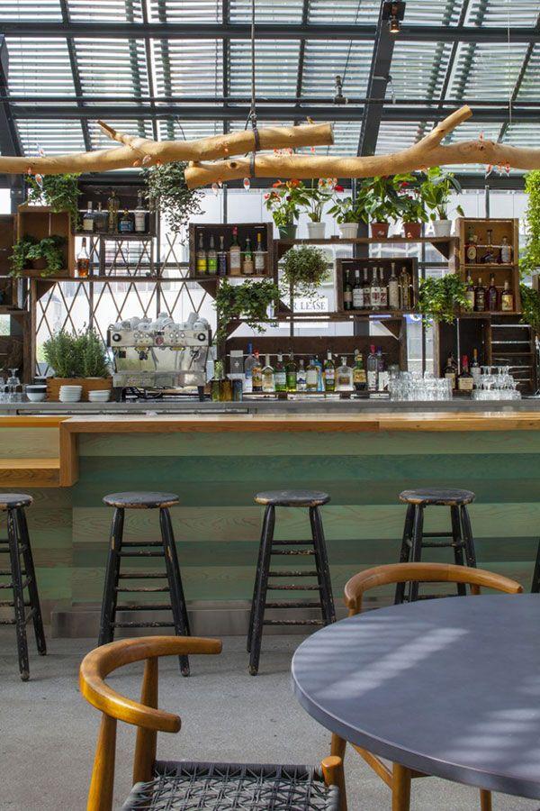 ロサンゼルスで話題のデザイナーズホテル、The Line Hotel ( ザ ライン ホテル )内のカフェ・レストラン、 『Commissary ( カミサリー )』 は、オーガニックな雰囲気と、カリフォルニア産の …