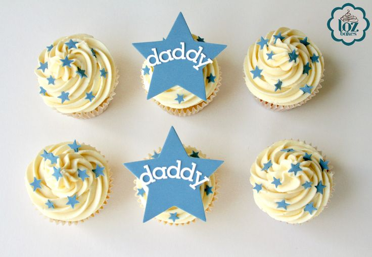 Star Cupcakes! ⭐️  Madagascan vanilla cupcakes with smooth buttercream  & topped with edible decorations.