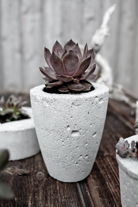 simple grey pots
