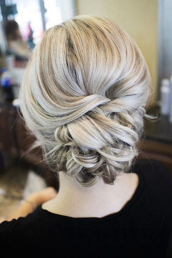 wedding updo hairstyle ideas / http://www.himisspuff.com/beautiful-wedding-updo-hairstyles/8/