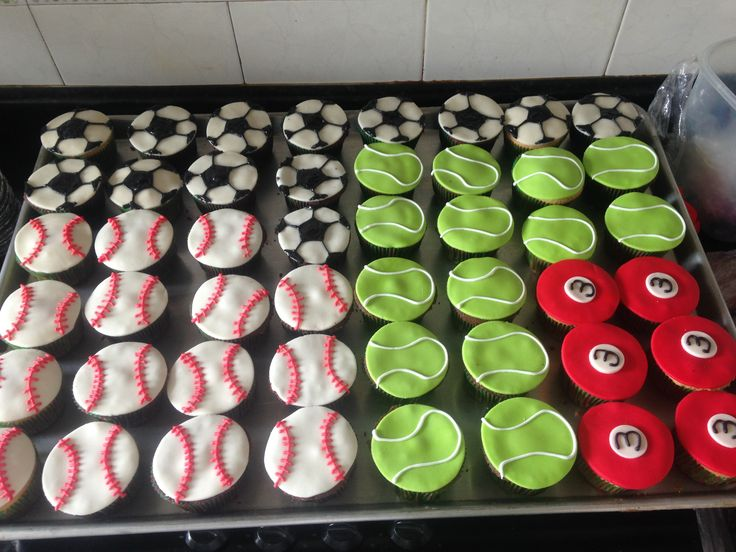 Cupcakes balones deportes