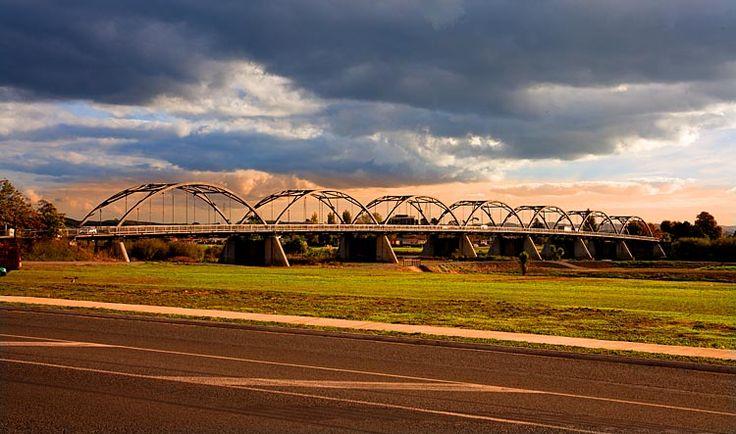 Huntly bridge, see more at New Zealand Journeys app for iPad www.gopix.co.nz