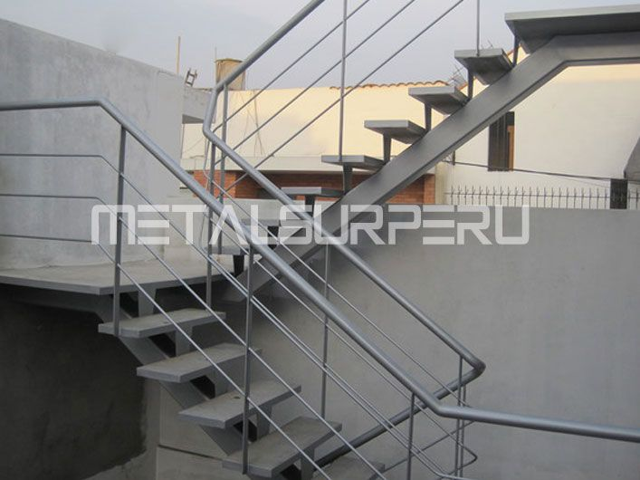 1000 ideas about escaleras metalicas on pinterest casas for Escaleras metalicas para casa