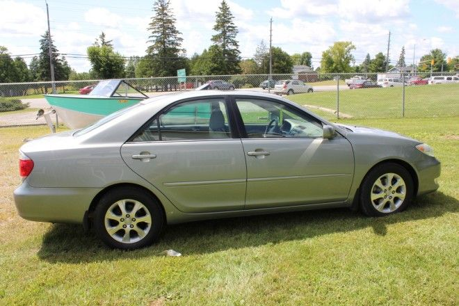 Jackson Motors and Marine .:: 2005 TOYOTA CAMRY XLE V6 W/ LEATHER & SUNROOF ::.