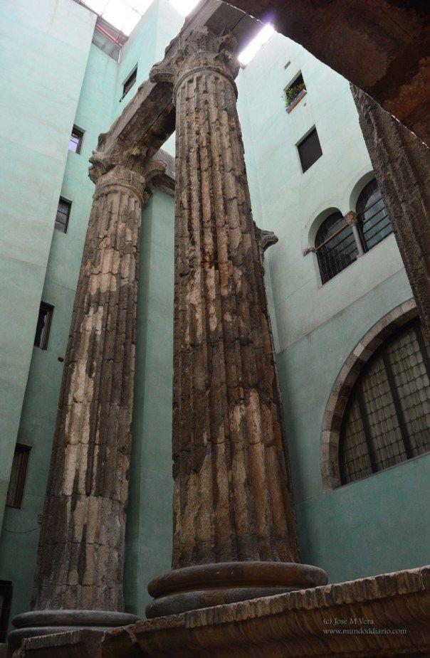 Columnas templo romano de Augusto, Barcelona