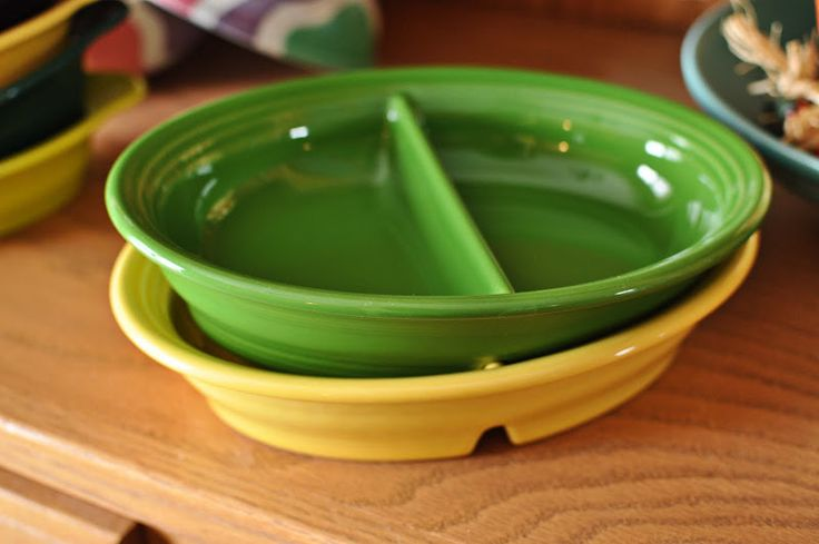 I need a few of these babies: Divided Vegetable bowls